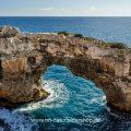 Felsenbrücke bei Cala Santanyi, Mallorca, Spanien (6 Bilder Hochformat)