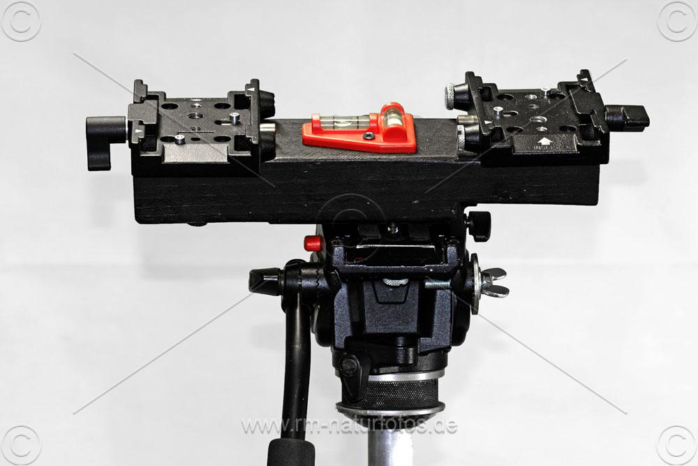 Halterung für zwei Objektive mit Holzklotz und Manfrotto Schnellwechselplatten